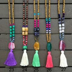 Collier Tassel – Long Beaded Necklace – Collier en bois – Collier d'agate Boho Necklace – 1 pièce - new season bijouterie Jewelry Hanger, Tassel Jewelry, Bridal Jewelry, Diy Jewelry, Beaded Jewelry, Handmade Jewelry, Jewelry Design, Jewelry Making, Jewelry Accessories