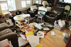 Tips Mudah Merapikan Rumah - Rumah Anda selalu berantakan? Capek dan kehilangan banyak tenaga berulang kali membereskan rumah tapi tetap seakan tidak bisa rapi? Sedikit tips bagaimana menjaga agar rumah selalu rapi berikut ini semoga dapat membantu Anda semua. Selengkapnya: http://blog.propertykita.com/interior/tips-mudah-merapikan-rumah/