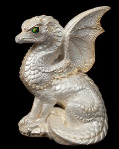 Spectral Dragon - White - His pearlescent white and pale gold coloring matches the White dragon family. Spectral dragons have beautiful reflective crystal globes for eyes. Put a Tux on him and he's be perfect wedding decor! Dragon Z, Pink Dragon, White Dragon, Dragon Family, Dragon Figurines, Gold Aesthetic, Touch Of Gold, Fantasy Inspiration, Ceramic Artists