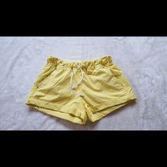 Lululemon Shorts 6 Excellent Condition. lululemon athletica Shorts
