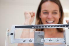 10 טיפים לירידה במשקל שאספנו מהתזונאים המובילים בעולם המאמר המלא - עכשיו באתר Quick Weight Loss Diet, Weight Loss Before, Weight Loss Help, Weight Loss Program, Losing Weight, Weight Gain, Reduce Weight, Healthy Weight, Body Weight
