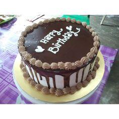 cake tempahan semalam.. tyvm. :-) #cake #cakedecoration #chocolate #chocolatecake #chocolatemouse #chocolateporn #bakewithlove #cakechef #chef #foodart #foodlover #cakeporn #cakelover #happybirthday #birthdaycake #theartofplating #chocolatelovers # by faiz_smr