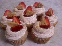 Strawberry Cheesecake cupcakes by Think Sweet! cakes by Trisha
