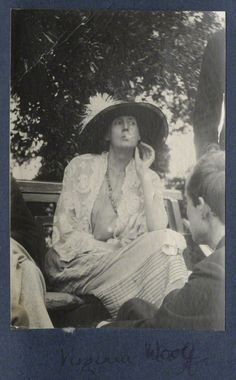 Virginia Woolf and Lord David Cecil photographed by Lady Ottoline Morrell in June of 1923