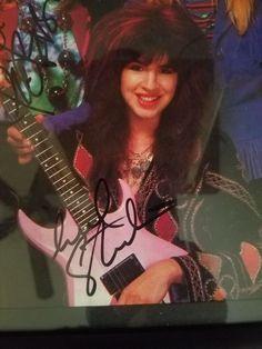 Michael Steele, Eternal Flame, Cult, Pop Rock Bands, Female Guitarist, Love Rocks, Poses, The Beatles, Girl Power