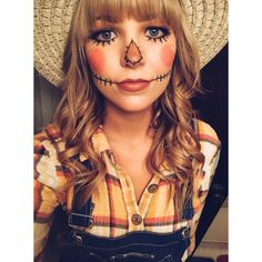 halloween costumes for girls Fasching Schminken Schminktipps Costume Halloween, Halloween Mono, Halloween Scarecrow, Halloween Makeup Looks, Halloween Costumes For Girls, Creepy Halloween, Halloween Costumes Scarecrow, Halloween Ideas, Halloween Season