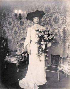 Alice Roosevelt, Roosevelt Family, Theodore Roosevelt, Eleanor Roosevelt, Vintage Photographs, Vintage Photos, Princess Alice, Louisiana Purchase, St Louis Mo