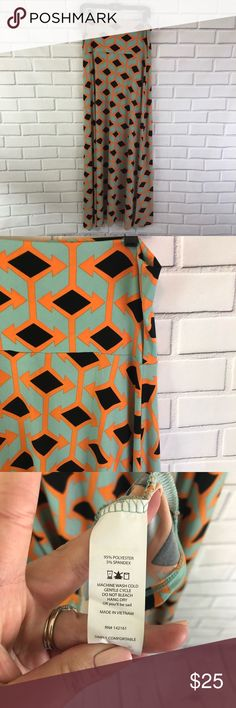 Lularoe | Maxi Skirt Lularoe | Maxi Skirt   Size Medium -waist: 15.5 -length: 43  Excellent Used Condition LuLaRoe Skirts Maxi