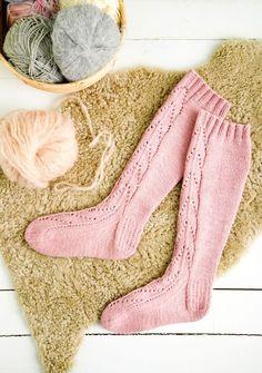 Pitkät pitsisukat   Meillä kotona Cozy Socks, Marimekko, Knee High Socks, Knitting Socks, Leg Warmers, Fun Projects, Ravelry, Christmas Stockings, Knit Crochet
