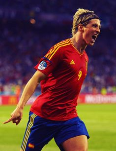 The only player to ever score in 2 Euro finals, Spain's all-time leading goalscorer at the Euros, and the Golden Boot winner <3
