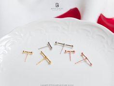 Bonny & Read 平價飾品 - [銀飾] 低調的光點耳環/銀針 / 3色  NT.171