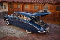Bid for the chance to own a 1950 Tatra at auction with Bring a Trailer, the home of the best vintage and classic cars online. Old Vintage Cars, Antique Cars, Art Deco Car, Blue Cars, Road Runner, Classic Cars Online, Concept Cars, Cars And Motorcycles, Dodge
