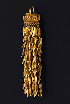 """Ear jewelry, gold Northwest Anatolia presumably """"Troy"""" ca. 2400-2200 B.C."""