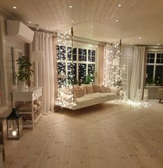 Great Country Home Design Ideas How COZY and cute does this home look? 😍🙌 We wish we had such a cute swing inside our home! We would sit there all day! 🙋😁 TAG a friend who will love this! 👇Read More Country Home Ideas Cute Bedroom Decor, Room Ideas Bedroom, Pretty Bedroom, Home Room Design, Dream Home Design, Luxury Bedroom Design, Dream House Interior, Aesthetic Room Decor, Cozy Room