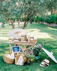 Decoración del jardín para una boda de verano