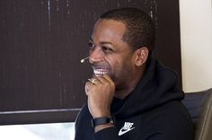 """""""This is such a great story by @entrepreneur 🔥💯 ⭕️When Tristan Walker pitched @bevel, a razor for men with curly or coarse hair, investors didn't see an innovative way to reach an untapped market. They saw a bad idea. """"I don't know, it's niche, I don't think it's scalable,"""" Walker recalls VCs saying on Masters of Scale, a 10-episode series hosted by Reid Hoffman, the LinkedIn co-founder and Greylock partner, exploring unconventional theories for growing businesses. ⭕️In fact, even after…"""