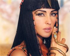 Cleopatra make-up on Monica Bellucci