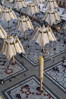Project / Location: Sun shades at the Medina Haram Piazza, Saudi Arabia Project. Each year, millions of pilgrims flock to the mosque in Medina. Masjid Al Nabawi, Mecca Masjid, Masjid Al Haram, Islamic Architecture, Art And Architecture, Medina Saudi Arabia, Medina Mosque, Mekkah, Beautiful Mosques