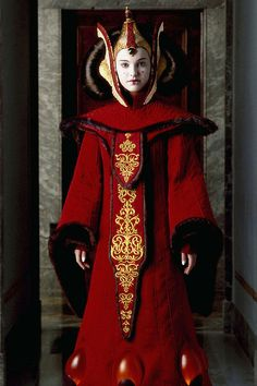 The throne room outfit is the most famous costume from the prequels. It's also the first time we meet Queen Amidala. | Celebrate May 4th By Drooling Over Queen Amidala's Costumes