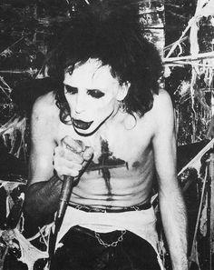 Vintage Goth, 80s Goth, Punk Goth, Chicas Punk Rock, Arte Punk, Goth Bands, Young Johnny Depp, Goth Music, Goth Subculture