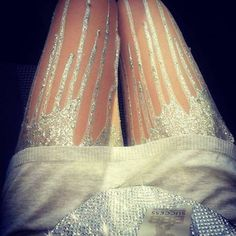 i'm surprised that i kind of like these tights..they're kinda rad in a different way