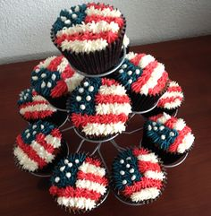 Fourth of July cupcakes 4th Of July Cake, 4th Of July Desserts, Fourth Of July Food, 4th Of July Party, July 4th, Patriotic Cupcakes, Holiday Cupcakes, Cute Cupcakes, Holiday Treats