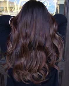Dark hair. #brunette #brunettehair#brunettebalayage #darkhair #fallhair #fallcolor #readyforfall #ombre #ombrehair #brunettewaves #wavyhair #glamwaves #hairenvy #hairheaven #hairfashion #hairfirst #haireverything #perfecthair #hairwants #hairneeds #hairessentials #everydayhair