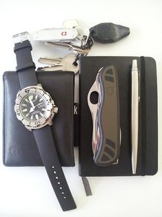 Generic leather wallet Inova Micro LED Victorinox Classic