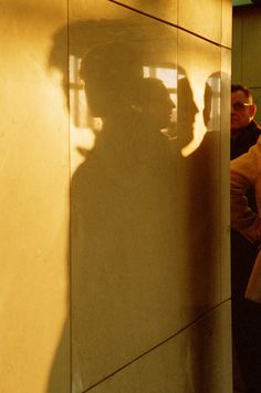 Gueorgui Pinkhassov. Paris, France. 2001. #color #street #photography