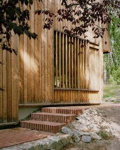 Villa Idun-Lee Per Nadén Anton Kolbe Axel von Friesen Marika Vaccino. Wood Architecture, Architecture Details, Villa, Wood Facade, Brick And Wood, Timber Cladding, Architectural Section, Facade Design, Glass House