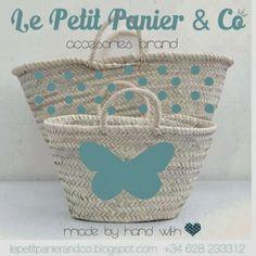 Nuestros Capazos en www.lepetitpanierandco.blogspot.com Painted Baskets, Painted Bags, Recycled Plastic Bags, Art Bag, Beach Accessories, Basket Bag, Mini Purse, Handmade Bags, My Bags