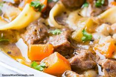 Beef Noodle Soup - Gonna Want Seconds Beef Barley Soup, Beef Noodle Soup, Beef And Noodles, Best Pasta Recipes, Beef Recipes, Soup Recipes, Dinner Recipes, Dinner Ideas