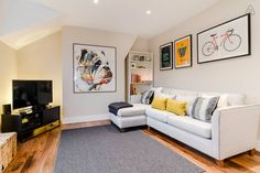 Bright stylish 1bedroom flat for 4 guests next to Brixton, London.