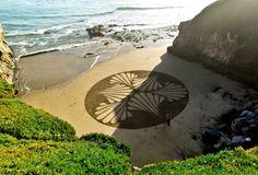 Beach Paintings 3 / Sandzeichnungen by Andres Amador