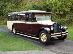 1931 REO Safety-Bus GE All-weather Single Decker Coach