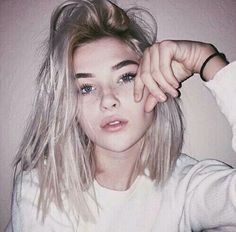 platinum hair blonde girl images, image search, & inspiration to browse every day. Hair Inspo, Hair Inspiration, Character Inspiration, Tumbrl Girls, Hair Goals, New Hair, Pretty People, Blonde Hair, Short Hair