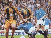 Man City 2 Burnley 2 in Oct 1998 at Maine Road. Burnley defend as City drop  more points at home #Div2