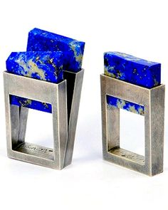 Helfried Kodré - Anillo - Plata, Lapis lazuli - squa-ring the circle :D Contemporary Jewellery, Modern Jewelry, Metal Jewelry, Jewelry Art, Jewelry Rings, Jewelery, Silver Jewelry, Fine Jewelry, Unique Jewelry