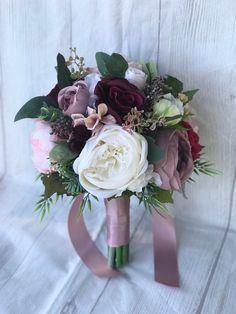 35 Charming Burgundy Wedding Bouquet Ideas That Will Amaze Your Eyes! - Page 27 . - 35 Charming Burgundy Wedding Bouquet Ideas That Will Amaze Your Eyes! - Page 27 of 35 - GetbestIdea - Burgundy Bouquet, Pink Bouquet, Purple Bouquets, Flower Bouquets, Mauve Wedding, Wedding Colors, Burgundy Wedding, Dream Wedding, Color Mauve