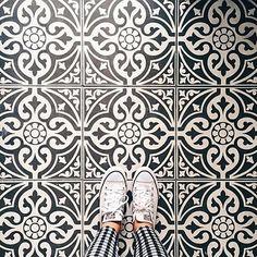 Grey floor Tile - Floor Tile Sticker for Kitchen, bath, Waterproof & Removable Vinyl Decal Linoleum Flooring, Timber Flooring, Bathroom Flooring, Modern Flooring, Flooring Ideas, Bathroom Tiling, Garage Flooring, Farmhouse Flooring, Unique Flooring