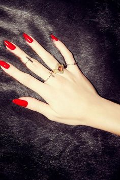 Hot Red Nails for Women 2016
