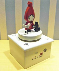 Shinzi Katoh Little Red Riding Hood wodd Music box