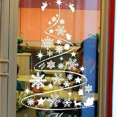 Artificial fir tree as Christmas decoration? A synthetic Christmas Tree or a real one? Lovers of artificial Christmas decorations , such as for example Christmas tree or artificial Advent wreath know Christmas Window Decorations, Christmas Window Display, Christmas Art, Handmade Christmas, Christmas Ornaments, Christmas Windows, Kids Stickers, Window Stickers, Holiday Crafts
