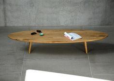 TABLE BASSE ORIGINALE ET DESIGN EN BOIS DE CHENE MASSIF L 200 CM EN FORME DE SURF SIGNEE JANKURTZ