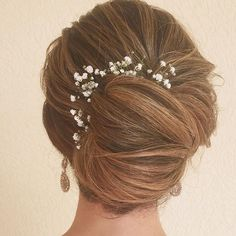 Textured French Twist Bridal Updo - July 13 2019 at Easy Short Haircuts, Latest Short Hairstyles, Best Wedding Hairstyles, Haircuts For Long Hair, Girl Haircuts, Trending Hairstyles, Elegant Hairstyles, Up Hairstyles, Famous Hairstyles