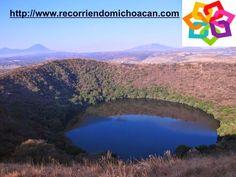 """MICHOACÁN MÁGICO te invita a visitar el cráter lleno de agua llamado """"La Alberca"""" que se encuentra en el pueblo mágico de Tacámbaro, cuenta con 750 m de diámetro y sus aguas tienes compuestos sódicos; el 25 de septiembre es el día especial de este lugar y las personas ponen puestos de antojitos o llevan comida para convivir. Existen muchas leyendas que guarda este lugar. HOTEL ALAMEDA http://www.hotel-alameda.com.mx/"""