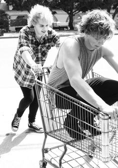 Michael is me if I ever saw 5SOS in a store. <<<Michael is me? Pfft, no. Michael's going in the cart first.