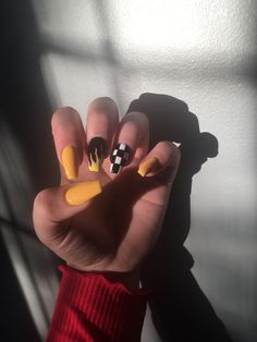 99 Adorable Diy Nail Art Ideas For Summer Nail art is all the rage these days, with women wearing differently designed nails every week. From colorful and sparkling […] Square Acrylic Nails, Summer Acrylic Nails, Best Acrylic Nails, Nail Summer, Edgy Nails, Aycrlic Nails, Coffin Nails, Edgy Nail Art, Long Nail Designs