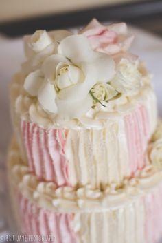 Pink Wedding Cake. Riverwalk Golf Club Wedding - San Diego Wedding & Engagement Photography - for more ideas and wedding & engagement photography inspiration, check out my blog! www.britjaye.com/... #sandiegoweddingphotography #weddingphotography #weddingphotos #weddingphotographer