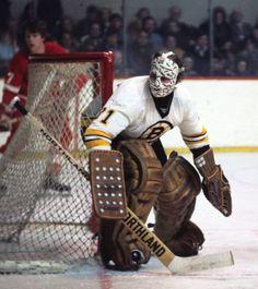 Gerry Cheevers Boston Bruins Goalies, Hockey Teams, Hockey Stuff, Goalie Mask, Boston Sports, Sports Figures, Toronto Maple Leafs, Hockey Players, Classic